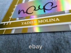 2004 Elite Extra Edition Yadier Molina AUTO RC #06/20. Crease center bottom