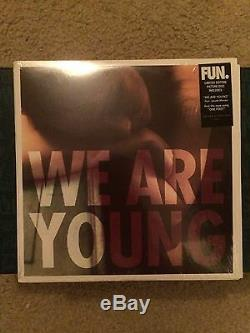 Amusement. We Are Young 7 Vinyle Picture Disc Lp Rare Oop Panic At The Disco Gradins