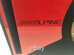 Caisson De Caisson De Graves Alpine Type-r 12 Ports Special Edition Avec Habillage De Port En Plexi Rouge