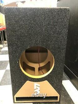 Jl Audio 8w7 Ae Ported Subwoofer Box Édition Speciale Avec Garniture De Port Plexi Noir