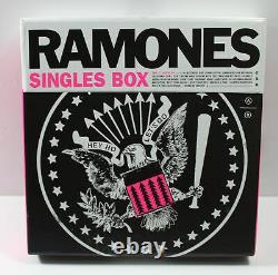 Ramones 7 Singles Box 45rpm Punk Je Veux Être Sédatif, Blitzkrieg Bop, Plus